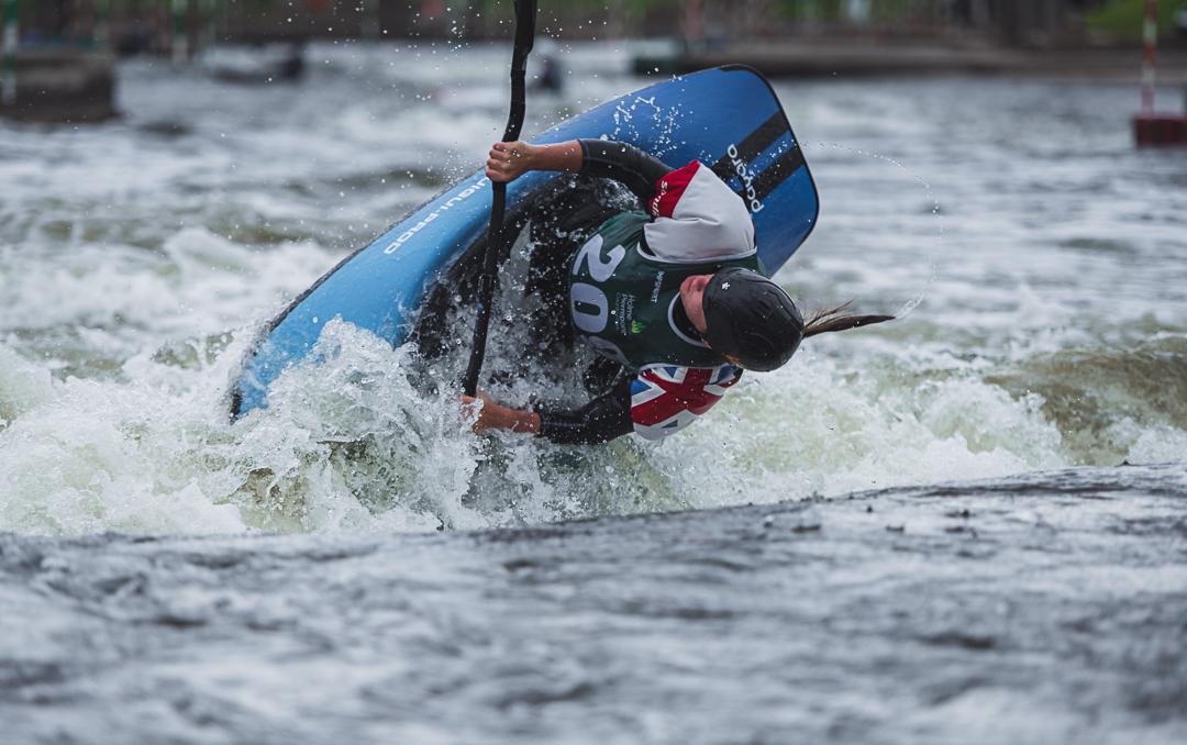 Emma Witherford freestyle kayaking 1